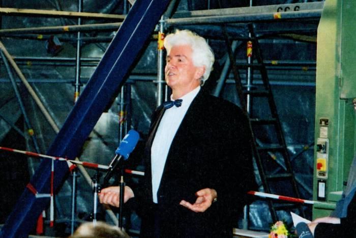 Günter Blobel giving remarks