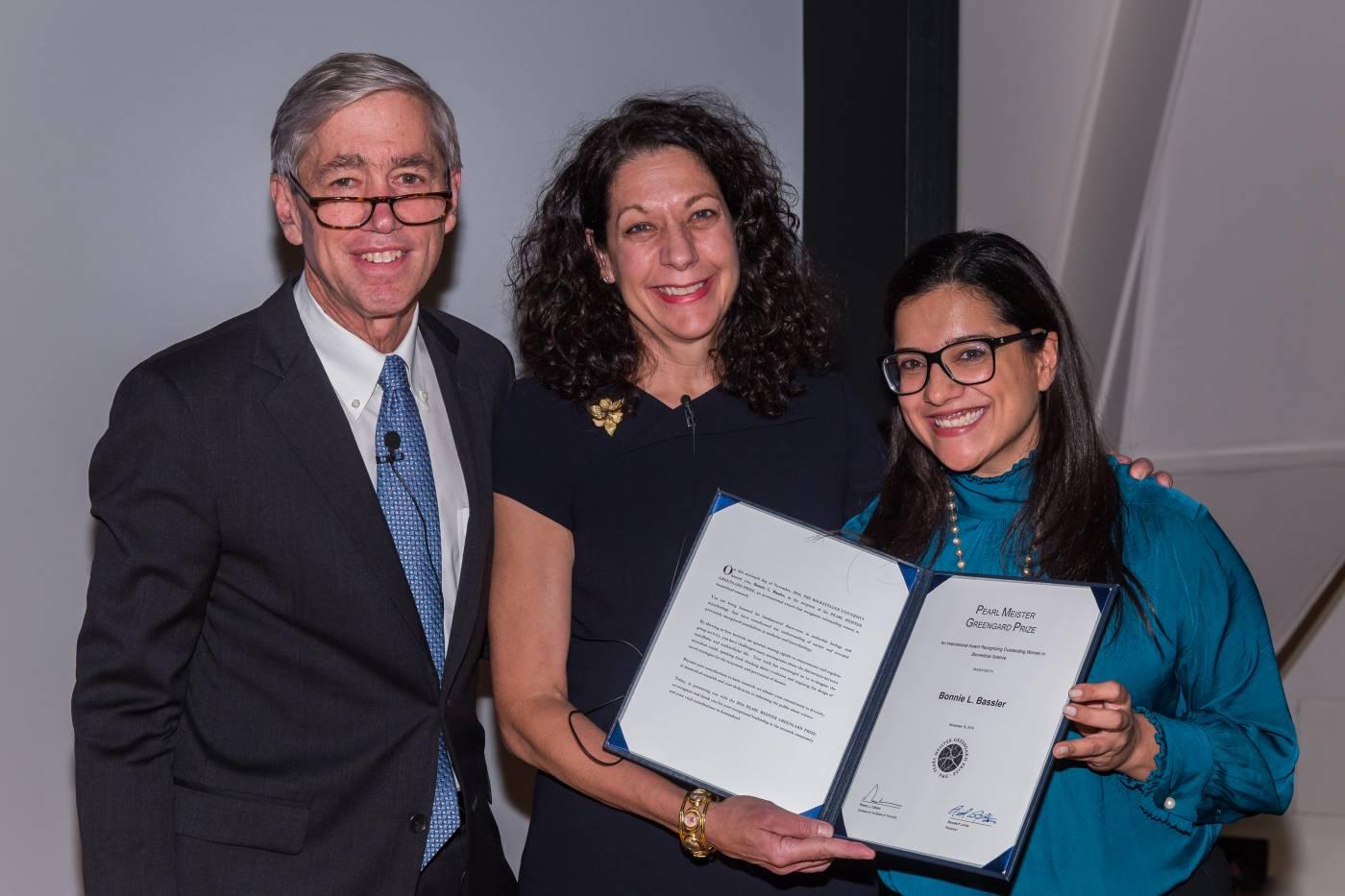 2016 Prize Recipient Dr. Bonnie Bassler