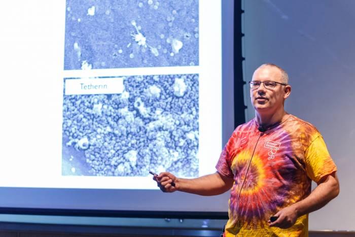 Exploring viruses with Rockefeller professor Paul Bieniasz