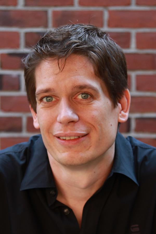 Daniel Kronauer Portrait